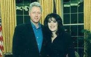 V USA probíhající skandál Clinton - Lewinská