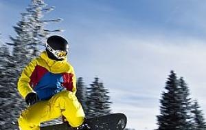 V médiích popularizován snowboarding